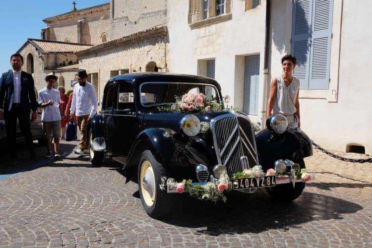 mariage decoration fleurs 19 e1526297398890 - Un mariage dans le vaucluse