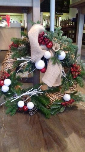 decoration noel vitrine magasin e1526294135905 - Suite de nos décorations de noël...