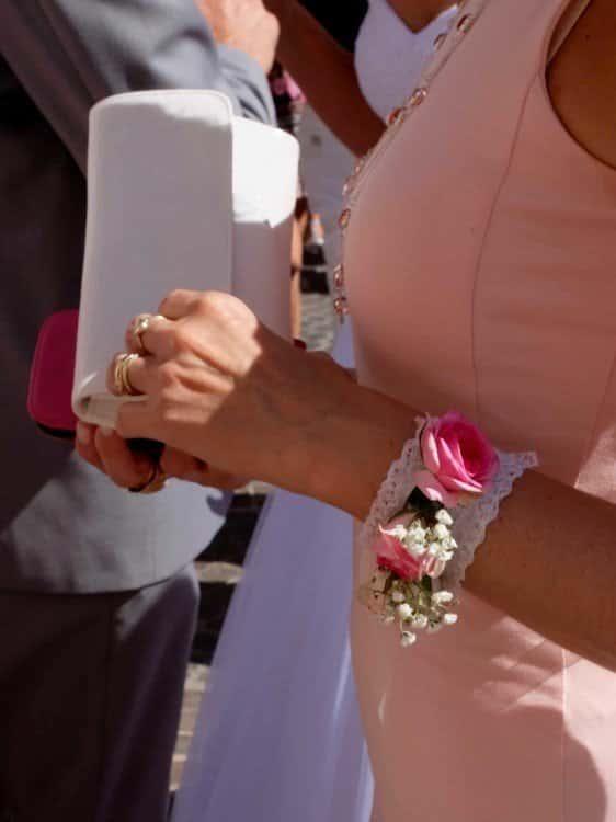 mariage decoration fleurs 17 562x750 - Un mariage dans le vaucluse