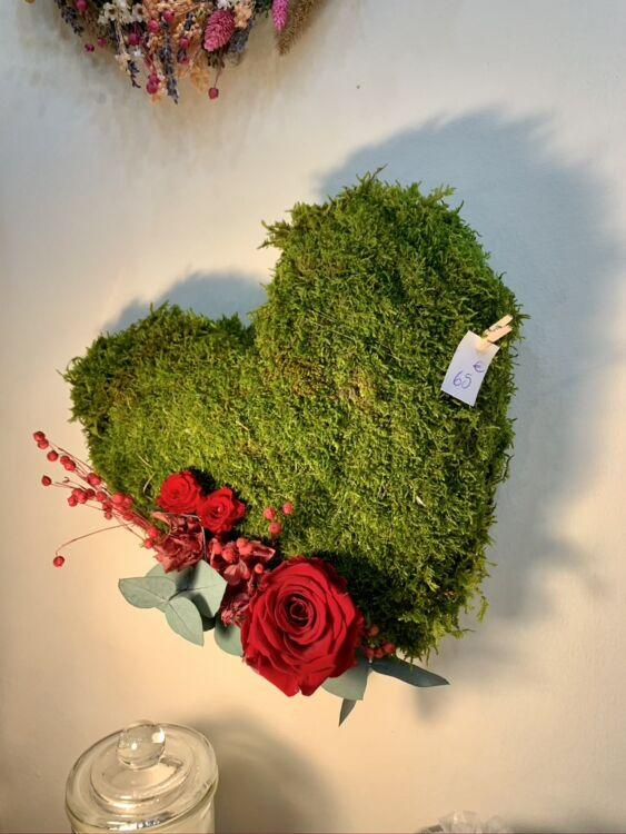 62828E8B 9E87 4E4F AC07 698D4855946D 1 105 c 563x750 - Couronnes de fleurs séchées